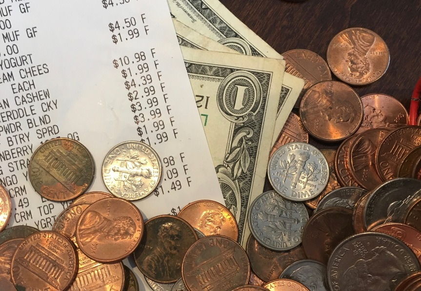 The Cost of Healthy Eating: Tips for Stretching YourDollar